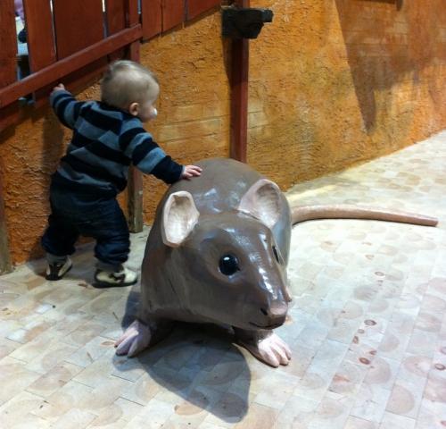 Skulptur råtta